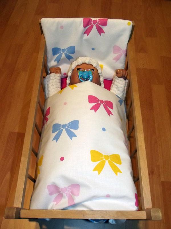 Peřinky do postýlky pro panenky Mašličky bílá